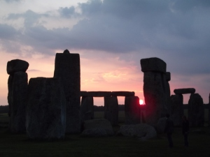 Stonehenge sunrise access our from Salisbury